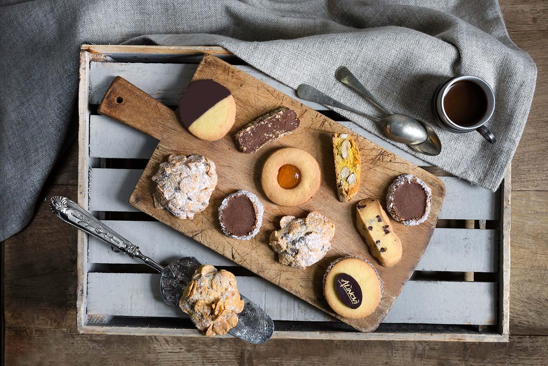 Tutti i biscotti artigianali da forno del Panificio Alinovi: frollini, rose del deserto, cantuccini.