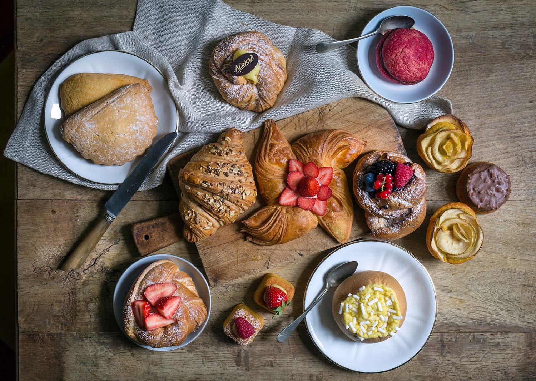 Danesi, paste sfogliate per la colazione, brioche veneziane e tortelli al forno per la colazione a Parma, Collecchio, Ozzano Taro.